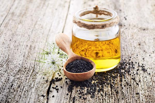 olej z čiernej rasce účinky